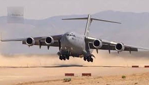 Colombia confirma aterrizaje de aviones militares de Estados Unidos en Bogotá pero dice que es rutina.