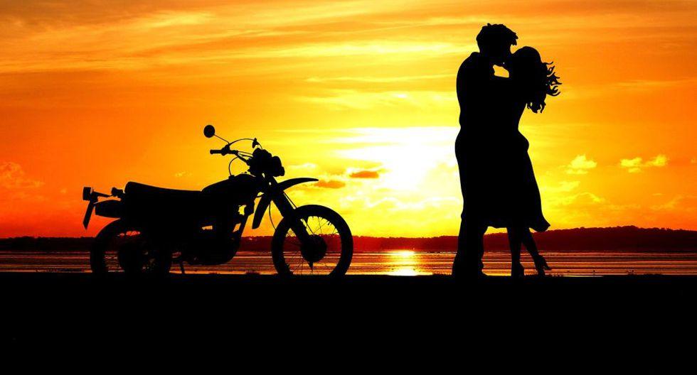 Caminar por el malecón de Miraflores y disfrutar del sunset es una gran opción para disfrutar con la persona amada o tus grandes amigos. (Foto: Pixabay)