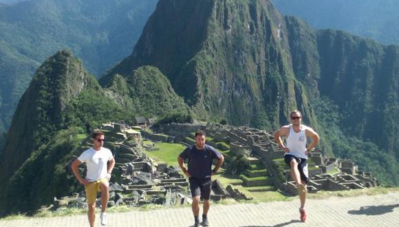 Estos turistas irlandeses llevaron su ritmo hasta Machu Picchu