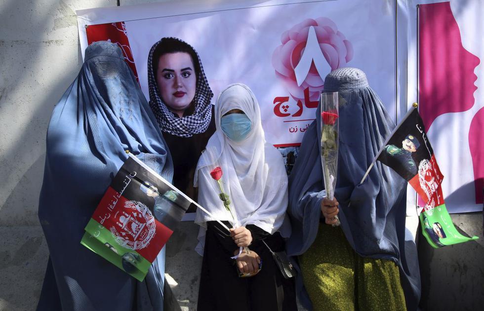 Activistas afganos conmemoraron el Día Internacional de la Mujer en Kabul. (Foto: AP)