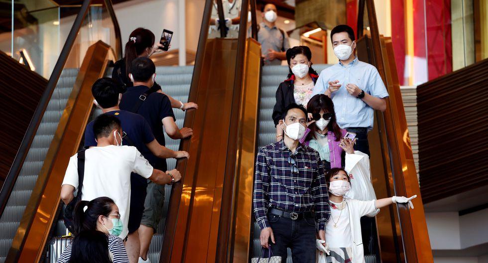 Funcionarios sanitarios han intensificado la vigilancia y la inspección para detectar nuevos casos del coronavirus después de que el Ministerio de Salud Pública confirmara ocho casos en el país. (Foto: EFE)