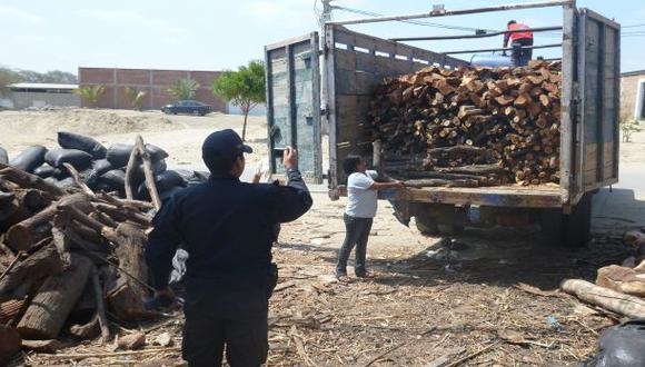Moyobamba: Policía decomisa 8 mil pies de madera ilegal