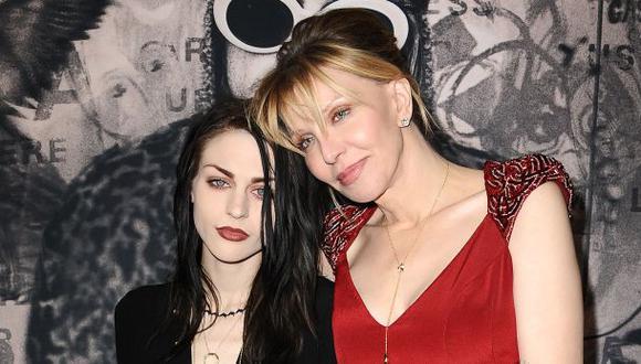 Courtney Love lloró en estreno del documental sobre Kurt Cobain