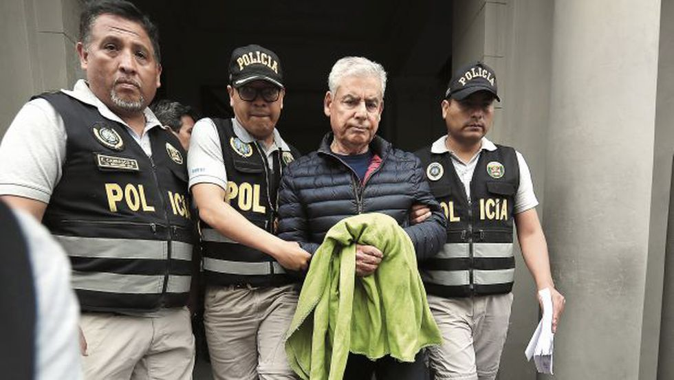 César Villanueva, ex primer ministro miembro del Congreso disuelto, fue detenido el martes en la tarde de manera preliminar cuando se encontraba en un restaurante del distrito de Los Olivos. La operación estuvo a cargo de agentes de la Diviac de la Policía Nacional. (Foto: GEC)
