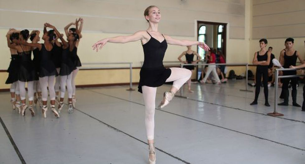 La primera estudiante de EE.UU. en la Escuela de Ballet de Cuba