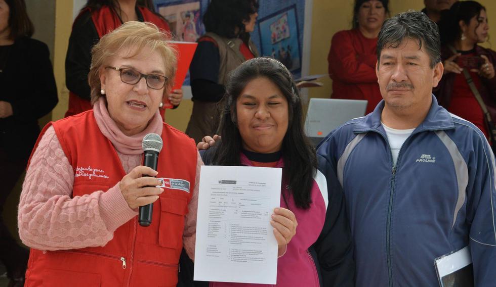 La ministra de la Mujer y Poblaciones Vulnerables, Ana María Romero-Lozada, resaltó la importancia de este procedimiento, pues representa un avance en la acreditación de las personas con discapacidad.