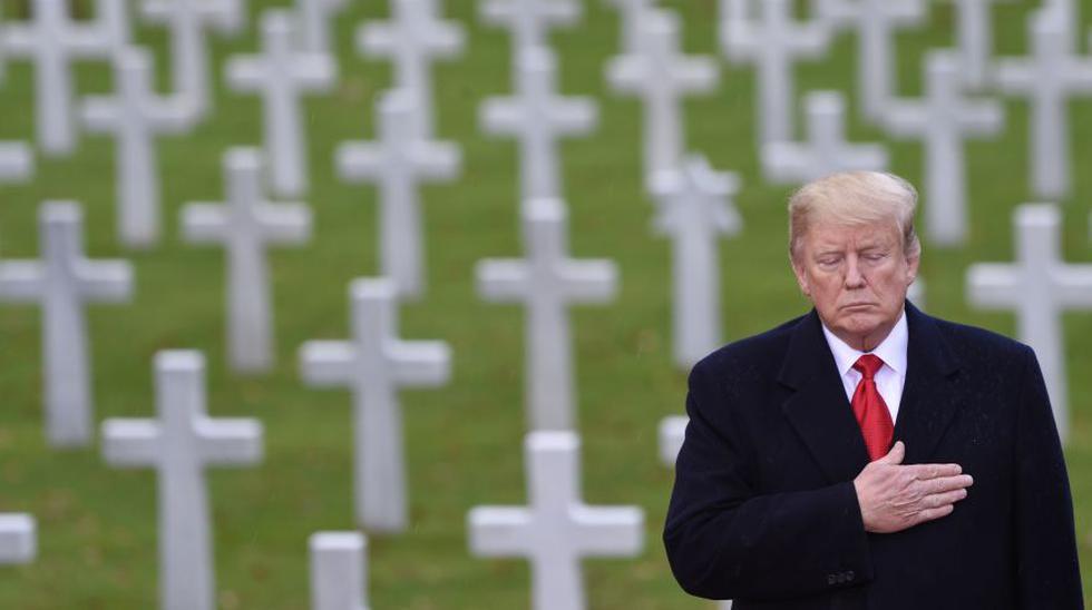 """Donald Trump rinde homenaje a los """"valientes estadounidenses"""" que murieron en la Primera Guerra Mundial (Foto: AFP)"""