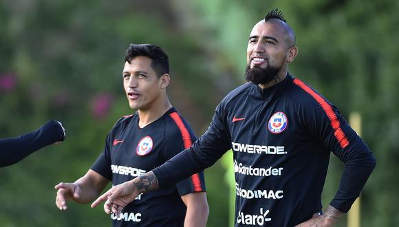 Arturo Vidal y Alexis Sánchez, jugadores del Inter de Milán, fueron convocados por Chile para el partido ante Perú. (Foto: AFP)