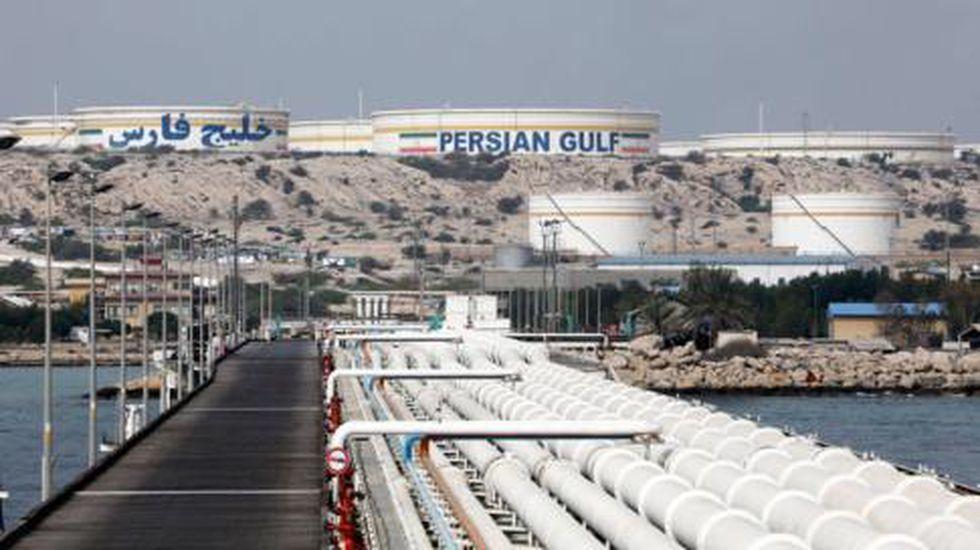 Irán continúa vendiendo su petróleo, pero solo a algunos países.