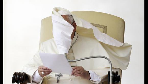 El Vaticano retrocede y cambia texto sobre los gays