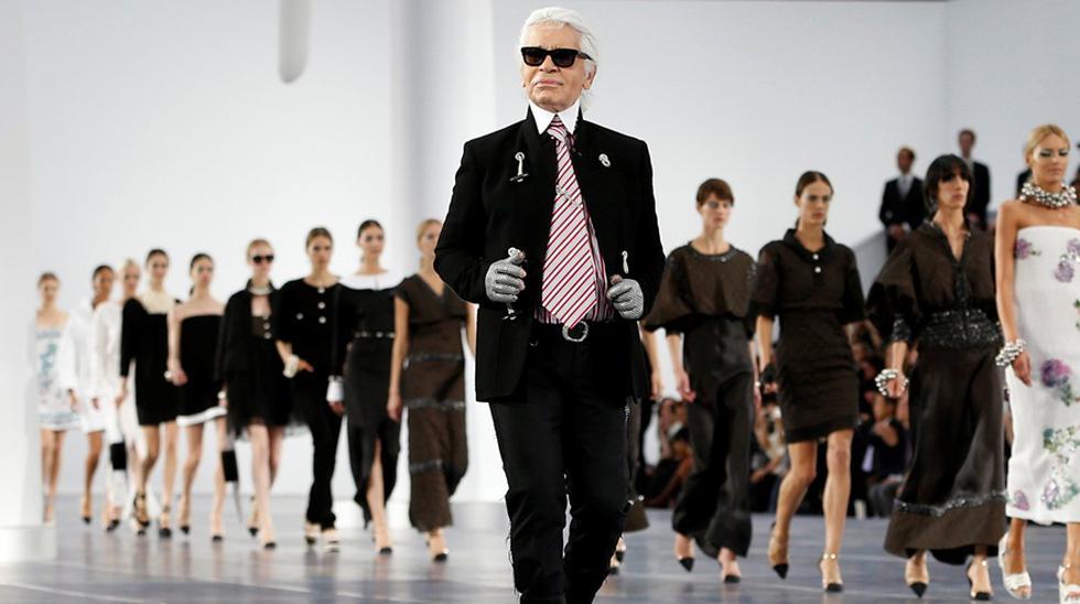 Karl Lagerfeld en París cerrando el desfile de Primavera Verano 2013 de Chanel. (Fotos: Agencias)