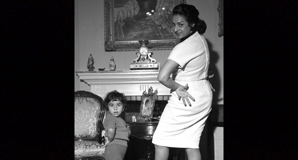 Apodada 'La Faraona', Lola Flores, cantante de copla, flamenco, bailarina y actriz española de origen gitano, fue la matriarca de la familia Flores y una de las artistas más representativas que ha tenido España en los últimos 50 años.