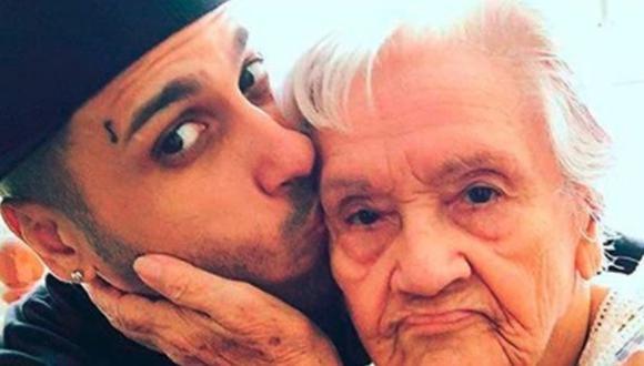 Nicky Jam se despide de su abuela con conmovedor mensaje