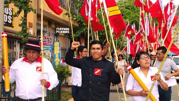 """Alex Flores indicó que el fundador y secretario general de Perú Libre, Vladimir Cerrón, fue condenado por el Poder Judicial por """"una persecución política"""". (Foto: Facebook)"""