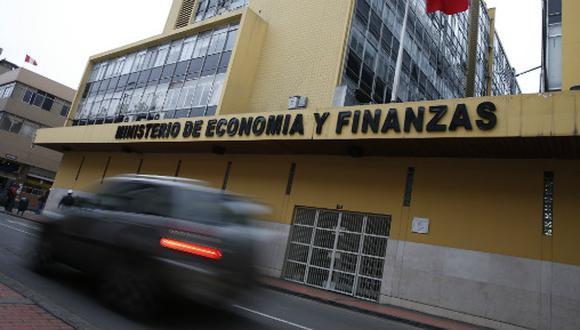 El MEF autorizó las transferencias vía crédito suplementario. (Foto: USI)