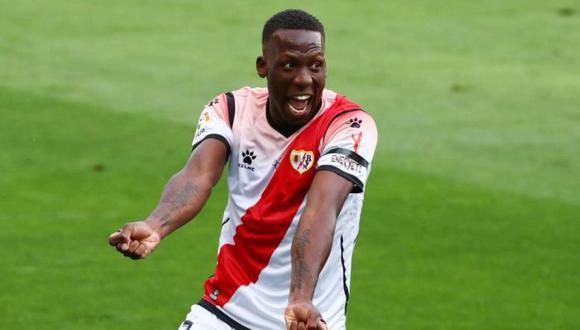 El fútbol en España regresó con un golazo de Luis Advíncula. (Foto: Reuters)