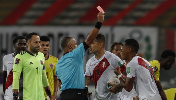 La selección peruana sufrió la expulsión de Miguel Trauco en los minutos finales del primer tiempo. (Foto: AFP)