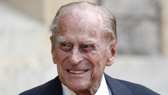 En esta foto de archivo tomada el 22 de julio de 2020, el príncipe Felipe de Gran Bretaña, duque de Edimburgo, llega al castillo de Windsor. (Foto de Adrian DENNIS / POOL / AFP).