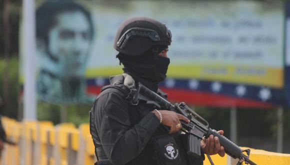 Los dos diputados se encuentra en la sede de las Fuerzas de Acciones Especiales (FAES) de la Policía Nacional en Caracas. (EFE/Jhonny Parra).