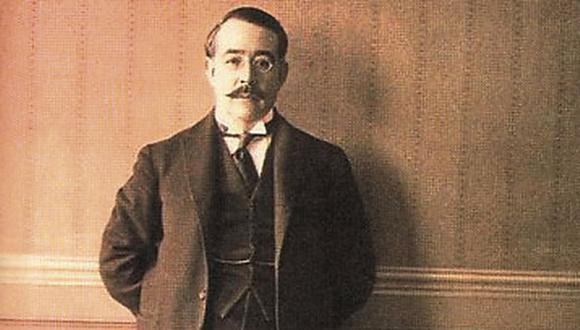 En 1924, Leopoldo Lugones recibe el Premio Nacional de Literatura y en 1928 preside la Sociedad Argentina de Escritores.