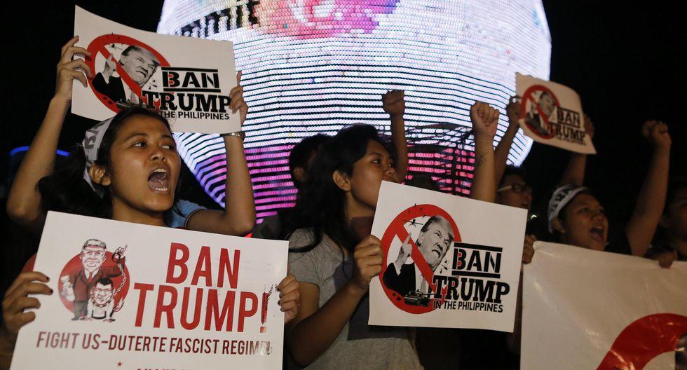 Los manifestantes reclaman que Donald Trump no critique el polémico plan antidrogas que mantiene el presidente filipino Rodrigo Duterte en el que se le acusa de realizar ejecuciones extrajudiciales. (EFE)