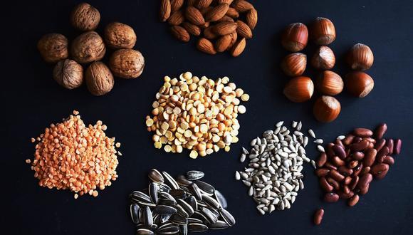 En este sentido la soja es la legumbre que cuenta con un mayor contenido de proteínas, cuya calidad es muy similar a la carne.