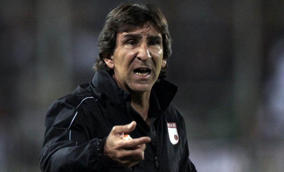 Gustavo Costas renunció a Santa Fe tras caer en Libertadores