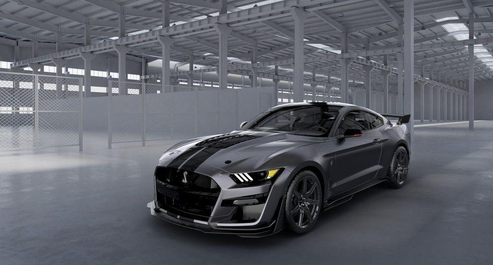 El Mustang Shelby GT500 desarrolla 760 HP y entrega la aceleración legal más rápida y la tecnología de mayor rendimiento hasta la fecha ofrecida por un Ford.