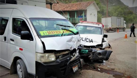 Policía murió tras choque de combi y patrullero en Cusco