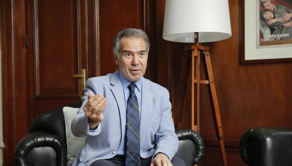 ¿Pero quién le bajó el dedo a Coya? ¿Realmente fue decisión de Petrozzi? (Foto: GEC)