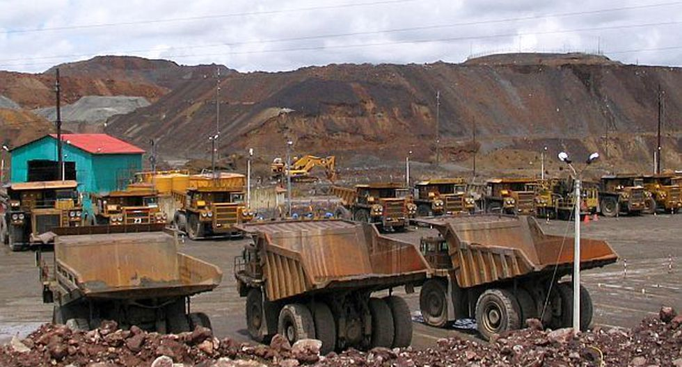 Editorial: Telaraña minera
