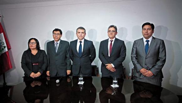 Será la primera vez que el equipo especial liderado por Rafael Vela (centro) entrevistará a Pérez Giménez. (Foto:Hugo Pérez/GEC)