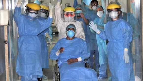 """El Hospital Militar Central """"Crl Luis Arias Schreiber"""" anunció la primera alta de un paciente recuperado luego de dar positivo de contagio por coronavirus. (Foto: Difusión)"""