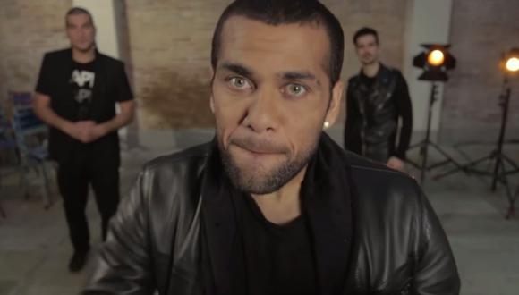 Dani Alves del Barcelona debuta como cantante (VIDEO)