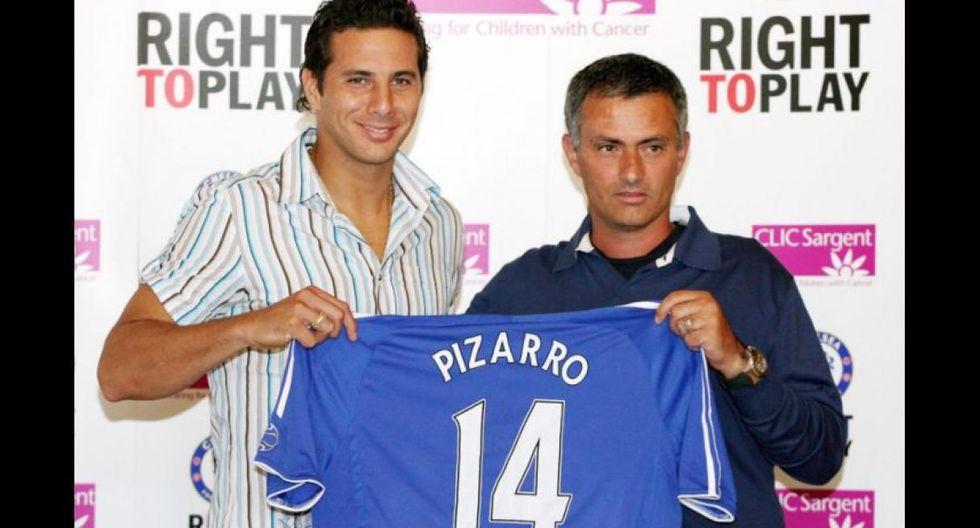 Pizarro fue dirigido por Mourinho en el Chelsea. (Foto: AFP)