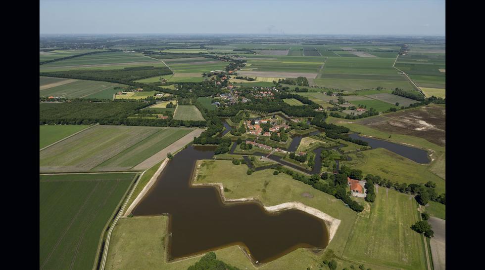 Conoce este idílico pueblo de Holanda en forma de estrella - 2