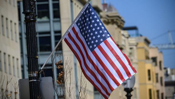 La residencia permanente es el estatus que se les concede a los inmigrantes para vivir y trabajar permanentemente en Estados Unidos. Por eso, con la Lotería de Visas 2023, los ciudadanos de todo el mundo pueden obtener una Green Card (Foto: Eric Baradat / AFP)