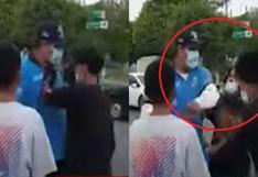 Carmen de la Legua: captan a sereno lanzando una cachetada a joven en la vía pública | VIDEO