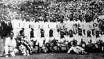 Foto de equipo de la selección peruana en el debut de 'Lolo' Fernández. Fue con una derrota ante Uruguay en enero de 1935. (Foto: Archivo Histórico El Comercio)