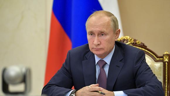 """""""Necesitamos aumentar la producción de la primera y segunda vacuna"""", sostuvo Putin. (Foto: AP)"""