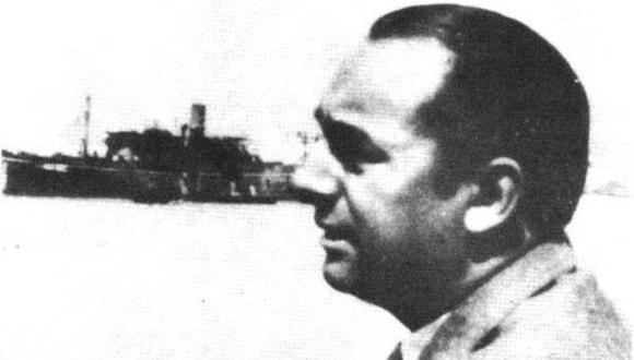 Pablo Neruda y el Winnipeg en 1939. Durante la Guerra Civil española el poeta chileno recibió como misión trasladar a refugiados hacia su patria y muchos de ellos terminaron en el Perú. (Fundación Pablo Neruda).