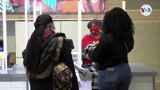 Más lugares en EE. UU. reimponen el uso de mascarillas ante el incremento de contagios
