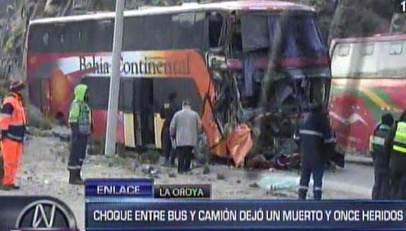 La Oroya: un muerto y 11 heridos por choque entre bus y tráiler