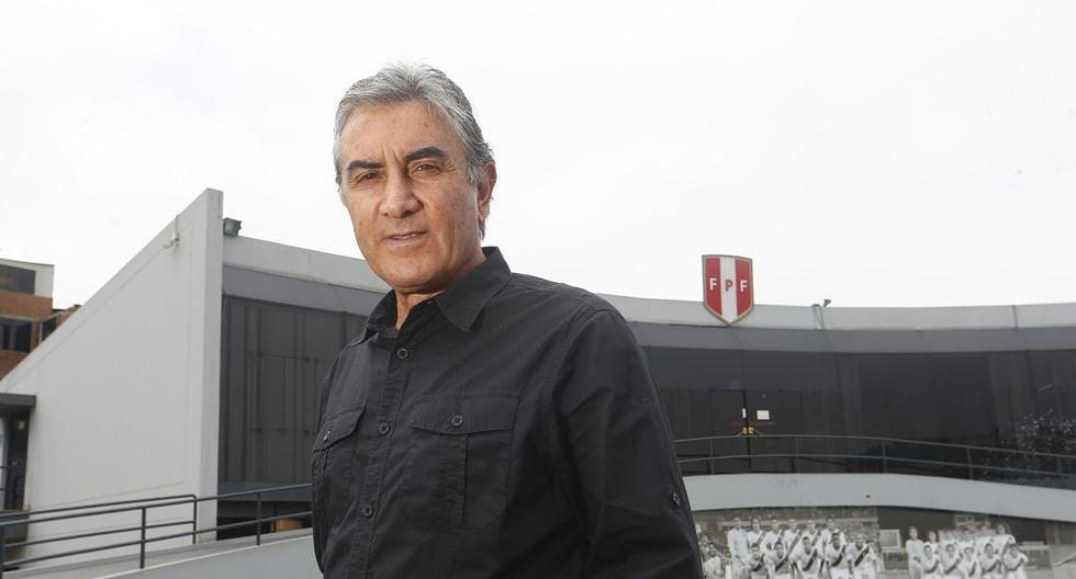 Juan Carlos Oblitas reveló que Ricardo Gareca quedó muy conforme con la dupla de zagueros formada por Anderson Santamaría y Alexander Callens. (Foto: GEC Archivo)