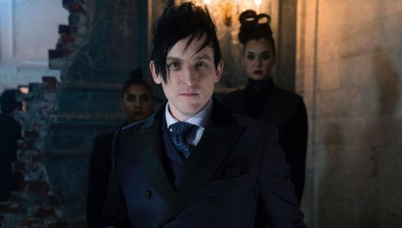 """""""Gotham"""" de Fox muestra el origen de los villanos de Batman. En la foto, el Pingûino. Fuente :Warner Bros."""