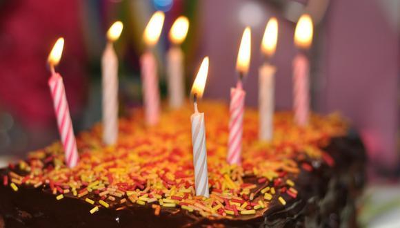Gran sorpresa causó en Internet el mensaje que puso una madre en la tarta de cumpleaños que hizo para su hija. (Foto referencial: jgojtan / Pixabay)