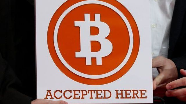 """Bitcoin transactions are registered in the """"blockchain"""" network, but the uses of this technology are many others."""