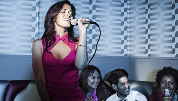 ¿Buena experiencia? Lo que arruina tu salida al karaoke