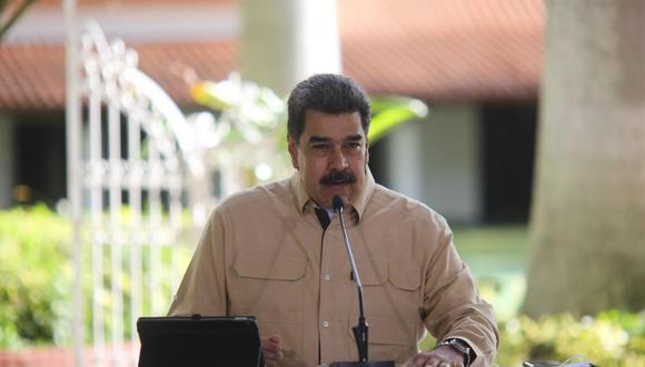 Fotografía cedida por prensa Miraflores que muestra al presidente de Venezuela, Nicolás Maduro, durante una alocución en Caracas. (EFE/Prensa Miraflores).