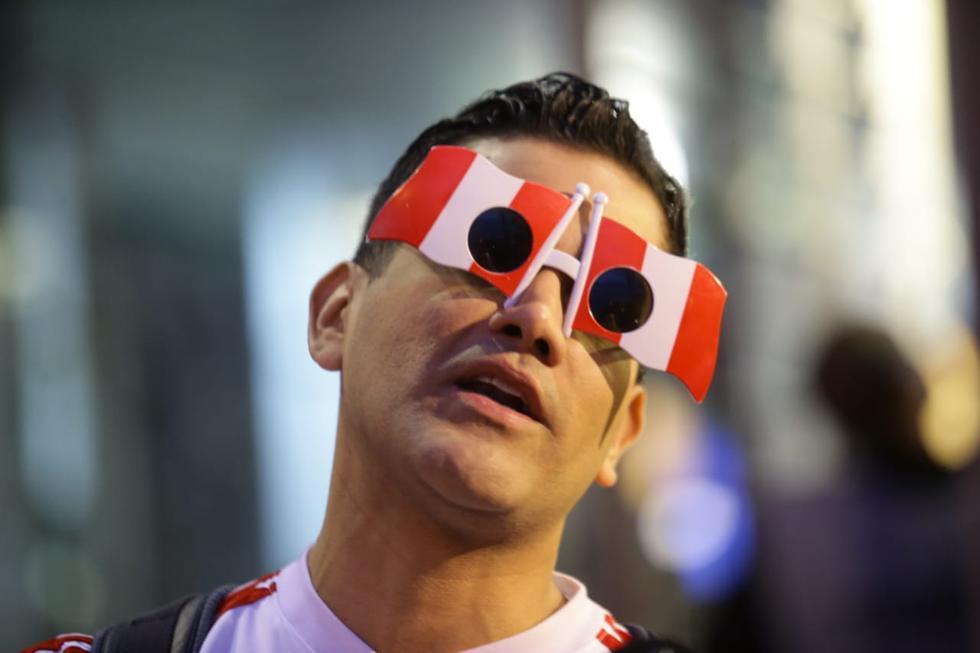Perú vs. Uruguay: hinchada se hizo presente en el Centenario | Foto: Jesús Saucedo/GEC